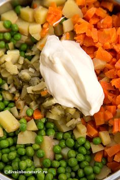 Raw Vegan, Vegan Food, Cantaloupe, Vegan Recipes, Food And Drink, Salad, Cooking, Christmas Ideas, Dressing