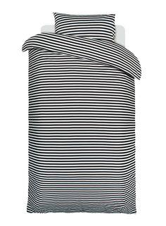 Tasaraita duvet cover and pillow case, black-white Manufacturer: Marimekko Design: Annika Rimala Black Bedding, Linen Bedding, Bedding Sets, Bed Linens, Marimekko, Scandinavian Fabric, Scandinavia Design, Nordic Design, Holiday Fashion