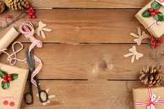 A Guide To Homemade Gift Giving | Homemade gifts come from the heart. Use this guide to create fun, unique gifts for the special people on your list. #HomeMattersBlog