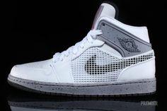 Air Jordan 1 Retro 89 White Cement Hitting Retailers