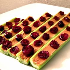 """Ants on a Log"" Healthy Snack For Kids #Celery #Peanut butter #Raisins |  http://www.sassydealz.com/2014/01/ants-on-log-healthy-snack-for-kids.html"