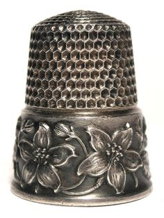 Waite, Thresher Co., sterling silver thimble with Dogwood blossoms  c.1890s
