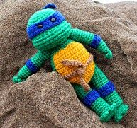 Free Crochet Pattern Teenage Mutant Ninja Turtles : 1000+ images about Amigurumi Borders Animals Holidays ...