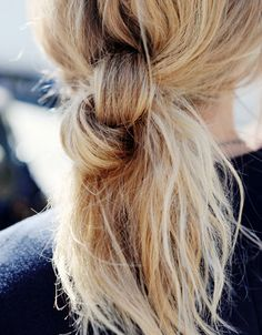 Knot pony. Or switch up the look by making it a side knot pony