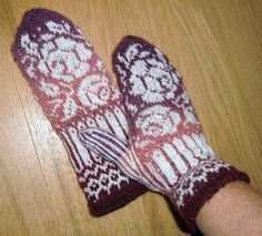 February Roses Mittens pattern by Olga Beckmann Visit to: ravelry.com