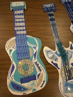 Picasso Blue Period Guitars (ARTolazzi) - Online Courses - Ideas of Online Courses - Picasso Blue Period Guitars Pablo Picasso, Kunst Picasso, Picasso Blue, Picasso Art, Picasso Kids, School Art Projects, Art School, 3d Art Projects, High School