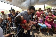 Este sábado fueron emitidas las convocatorias para menores de 16 años de edad y adultos mayores de 60 años con discapacidad permanente – Morelia, Michoacán, 12 de junio de 2016.- ...