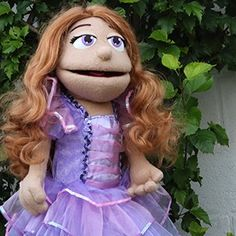 Taller de marionetas y disfraces personalizados. Regalos originales para cualquier edad y sexo. Marionetas profesionales de calidad y a un buen precio.