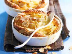 Découvrez la recette Tian de poires aux amandes sur cuisineactuelle.fr.