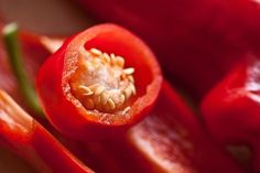 Is cayenne pepper for weight loss a possibility? But what's the truth about this so-called weight loss miracle herb? Let's also look into some recipes that include cayenne pepper. Healthy Late Night Snacks, Growing Bell Peppers, Eco Friendly Cleaning Products, Cayenne Peppers, Foods To Eat, Omega 3, Lose Belly Fat, Herbal Remedies, How To Lose Weight Fast