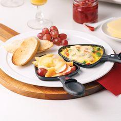 Raclette déjeuner - Je Cuisine Raclette Vegan, Fondue Raclette, Raclette Cheese, Raclette Party, Raclette Ideas, Confort Food, Vegan Recipes, Cooking Recipes, Gourmet