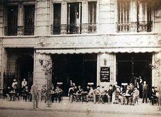 Cafe Tortoni sur Avenida de Mayo en 1900