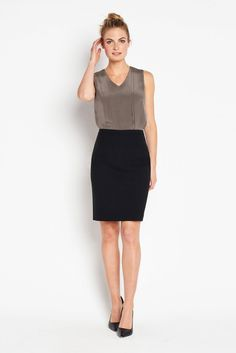 Tailored from luxe Italian stretch wool, this tailored pencil skirt is the perfect base for any skirt suit.