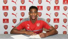 Arsenal sealed the signing of former Chelsea defender Zech Medley on a scholarship deal.   The f...