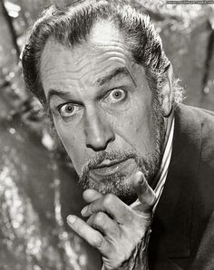 Vincent Price by Harry Goodwin; 2/8