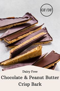 rice puff crispy base topped with a layer of smooth dark chocolate! Chocolate Slice, Vegan Dark Chocolate, Dairy Free Chocolate, Chocolate Peanuts, Chocolate Peanut Butter, Melting Chocolate, Raw Cake, Incredible Recipes, Food Print