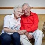 Jatuh Cinta saat Remaja, Menikah di Usia Senja
