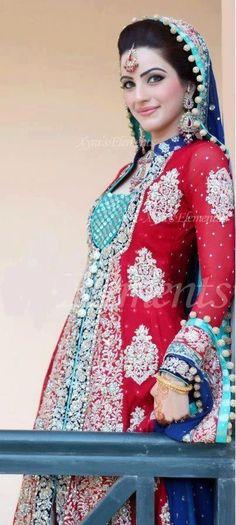 Ideas For Indian Bridal Dupatta Color Combinations Pakistani Bridal Makeup Red, Pakistani Bridal Couture, Asian Bridal, Pakistani Wedding Dresses, Pakistani Outfits, Indian Dresses, Indian Outfits, Desi Bride, Desi Wedding