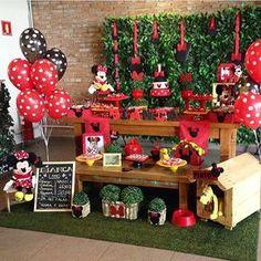 Festa muito fofa tema Minnie por @craftworkspapers_erica ❤️❤️ #kikidsparty