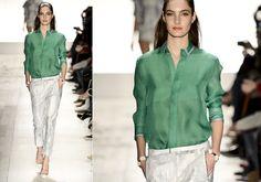 Os suéteres ou t-shirts com mangas compridas são de ótimas companhias para o bom e velho jeans seja em calças ou shorts