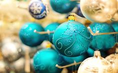 Download wallpapers blue christmas balls, 4k, decorations, New Year, 2018, Christmas