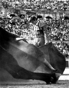 El Cordobes, Nimes, 1965. Lucien Clergue (Born 1934)