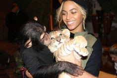 How sweet is this!? Bey and animals