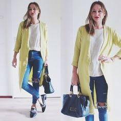 Sheinside Yellow Duster Coat, Marc By Marc Jacobs Too Hot To Handle, Sheinside Ripped Jeans, Zara Heavy Embellished Loafers. *Heels*