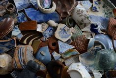 Mudlarking: A days finds. Slipware, delft, stoneware, transfer ware.- Where or where do they hunt.  Really,one person.