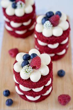 Home - Infinity Organic Food Cupcakes Red Velvet, Red Velvet Cheesecake Cake, Best Red Velvet Cake, Bolo Red Velvet, Red Cake, Red Velvet Birthday Cake, Pumpkin Cheesecake, Fancy Desserts, Köstliche Desserts