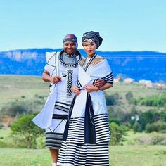 Xhosa Attire, African Attire, African Fashion Dresses, African Dress, Traditional Wedding Attire, Traditional Outfits, Traditional Styles, South African Traditional Dresses, African Traditions