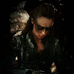 my edits s02e14 Lexa The 100 the100edit commander lexa lexaedit I think this is an important moment to have a big gif of for scientific reasons