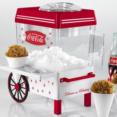 Nostalgia Electrics Nostalgia Coca-Cola Snow Cone Maker and Shaved Ice Storage, Red Snow Cone Syrup, Snow Cones, Cozinha Do Mickey Mouse, Minnie Mouse Kitchen, Slushie Machine, Reusable Plastic Cups, Snow Cone Machine, Slush Puppy, Slushies