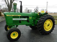 John Deere 4020 Tractor - Diesel - Restored - Sharp Lawn Tractors, Old Tractors, John Deere Tractors, John Deere Equipment, Old Farm Equipment, Classic Tractor, Toy Display, Farm Toys, Vintage Farm