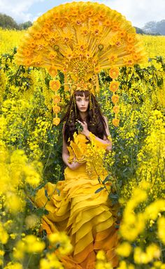 'Gaia's Promise' (2013) Wonderland Series, Kirsty Mitchell Photography