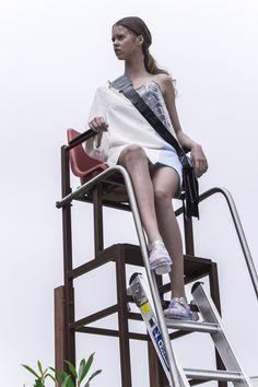 L U N U L A Biofashion project by Kim van Klaveren & Nadine Bongaerts | Photography: Melissa Koelewijn | Model: Iris Seltenrijch Treadmill, Gym Equipment, Bike, Model, Bicycle, Running Belt, Scale Model, Workout Equipment