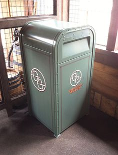 Brand new land. Brand new trash cans. Here's a look at the new cans in Hong Kong Disneyland's new Grizzly Gulch!