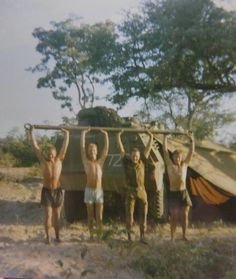 Op fokkie at Eenhana Military Life, Military Art, Military History, North Vietnam, Vietnam War, Once Were Warriors, Military Archives, Army Pics, Army Day