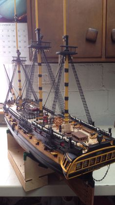 Movie version Surprise by Johncal - HMS Surprise Member Build Diaries - ModelSpace Model Sailing Ships, Old Sailing Ships, Model Ship Building, Boat Building, Model Warships, Wooden Model Boats, Scale Model Ships, Boat Projects, Concept Ships