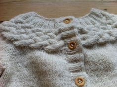 Cableknit sweater!