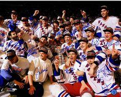 1994 New York Rangers Team Signed Celebration 16x20 Photo (LE of 66) (17 Sigs)