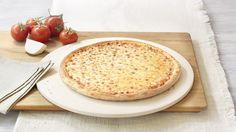 Pizza «Margherita» (vegetarian) – Tomato sauce, Mozzarella – Sizes: S - 25cm, M - 30cm, L - 35cm Pizza Margherita, Mozzarella, Hummus, Camembert Cheese, Menu, Ethnic Recipes, Food, Pizza, Food Food