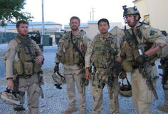 Amazing human beings.'Lone Survivor': Former Navy SEAL Marcus Luttrell's Incredible Story of Survival Like You've Never Heard It Before Lone Survivor Movie, Operation Red Wings, Marcus Luttrell, Us Navy Seals, Modern Warfare, Special Forces, Special Ops, Usmc, Us Army