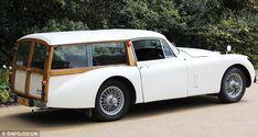 Und Der Jaguar Xjs Als Shooting Brake Shooting Break, Limousine Interior, Morris Traveller, Vintage Cars, Antique Cars, Classic Aston Martin, Station Wagon Cars, Grand Luxe, Brakes Car