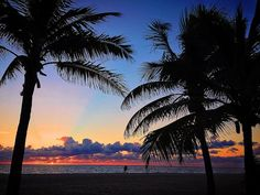 ~ Two Lovers ~  Courtesy of @Fort Lauderdale Seaside Photography