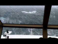 Queen Elizabeth 2011 in an Atlantic Force 11 gale - YouTube