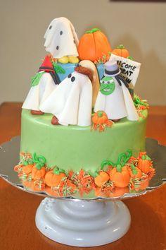 It's The Great Pumpkin, Charlie Brown cake Halloween https://www.facebook.com/Thepinkrufflebakery?ref=hl