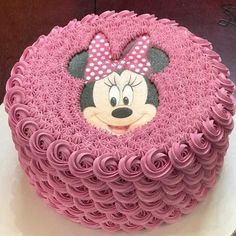 Cupcakes fondant decoration link 70 ideas for 2019 Fondant Cupcakes, Buttercream Cake, Cupcake Cakes, Bolo Minnie, Minnie Mouse Cake, Fancy Cakes, Cute Cakes, Minnie Mouse Birthday Cakes, Italian Cake