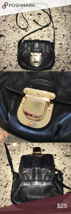 Black Michael Kors cross body Used mk cross body... good condition Michael Kors Bags Crossbody Bags