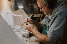 We work with pounamu carvers and greenstone carvers from all over New Zealand to bring together the largest collection of greenstone (pounamu) anywhere in NZ. Mj, New Zealand, Artists, Artist